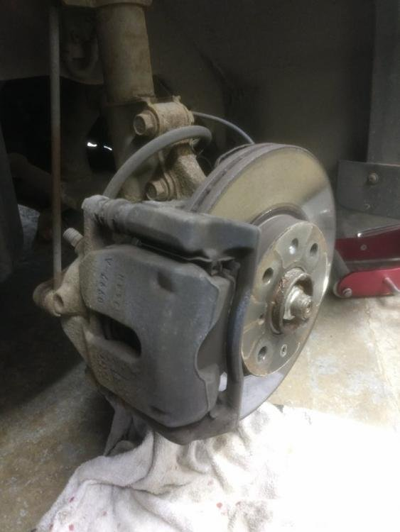 painting brakes 4.jpeg